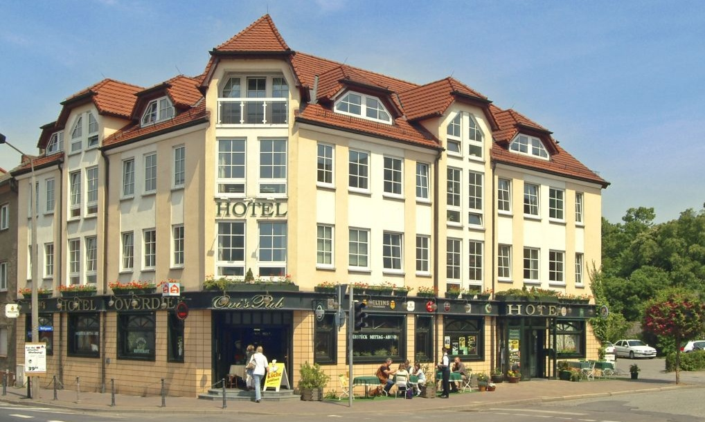 files/schaufenster-guestrow/img/haendler/hotel_overdiek/slider/Hotelansicht.JPG